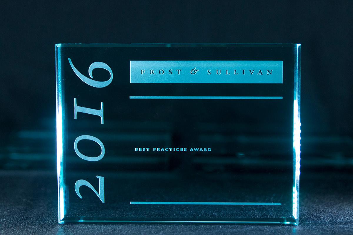2016-award-photo